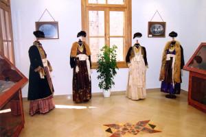 Βεροιώτικη φορεσιά στο Βλαχογιάννειο μουσείο